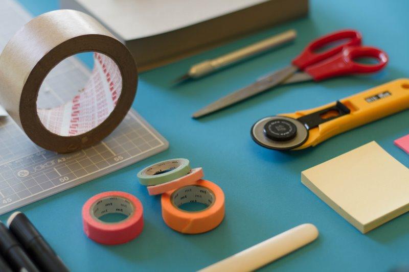 Rollschneider werden auch zu Bastelarbeiten verwendet