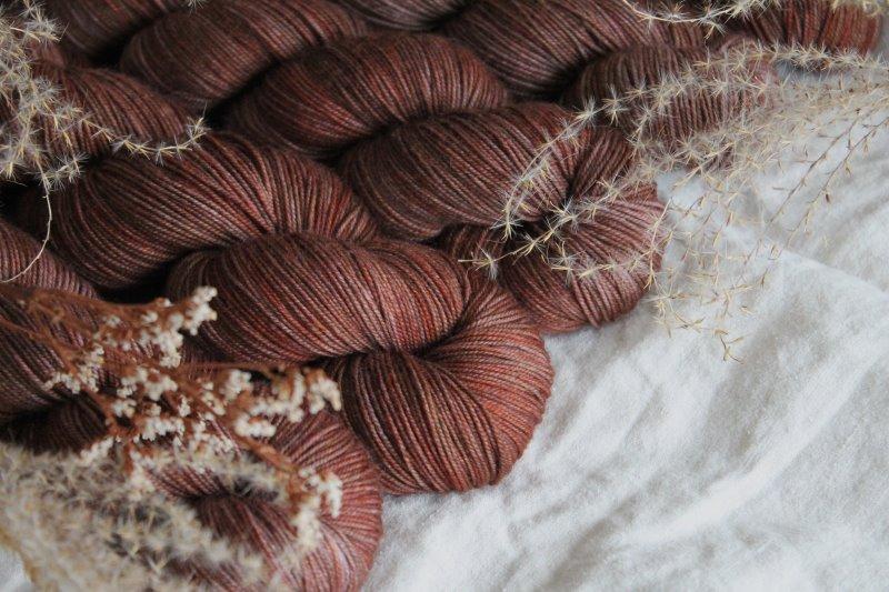 natürliches Garn aus Lammwolle